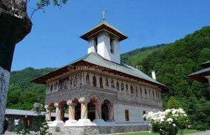 Manastirea Lainici, Localizare si informatii utile 2