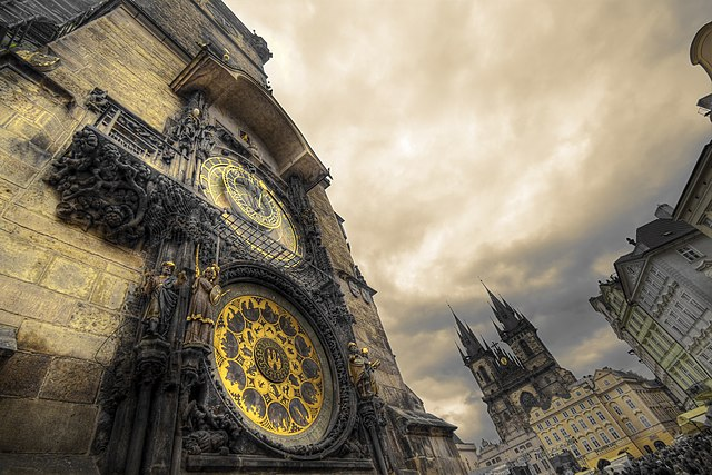 Praga, orașul celor 100 de turle! Vizitează-i piețele magice de Crăciun! 8