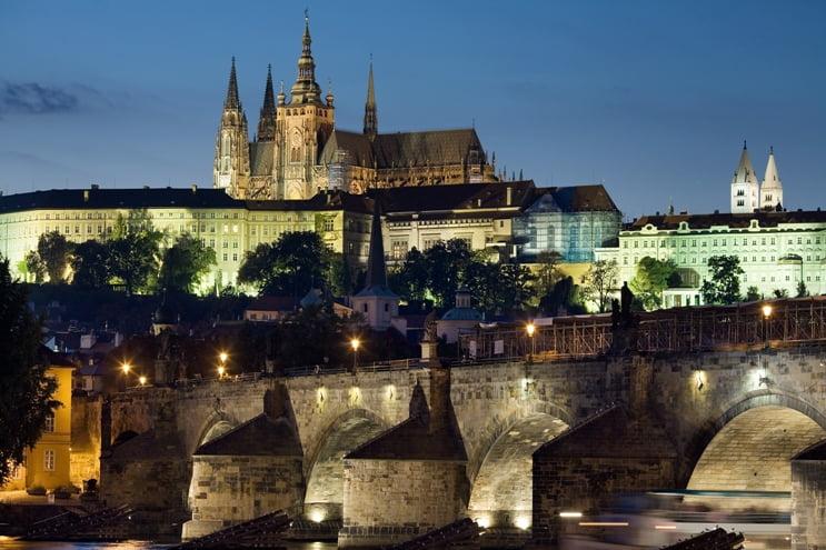 Praga, orașul celor 100 de turle! Vizitează-i piețele magice de Crăciun! 4