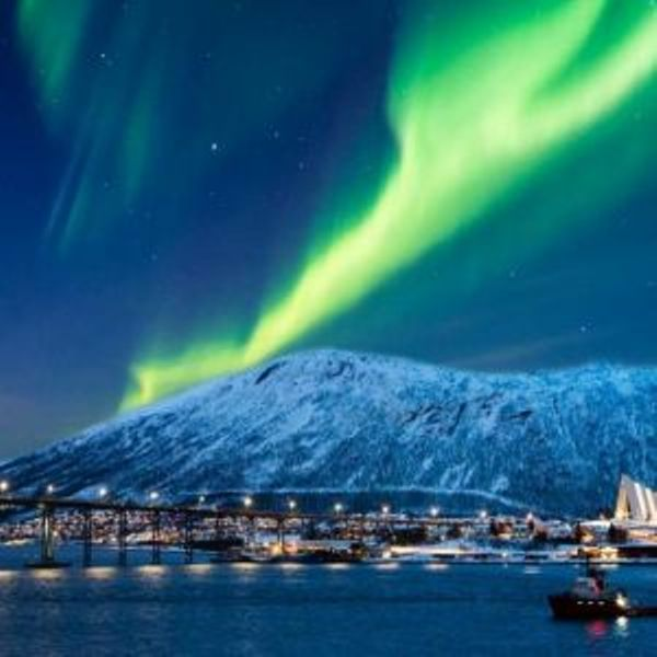 aurora boreala.jpg