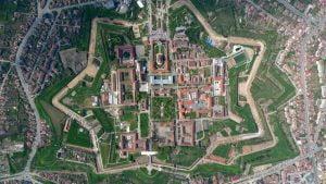 Cetatea-Alba-Iulia-2.jpg