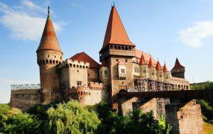 castelul huniazolor.jpg