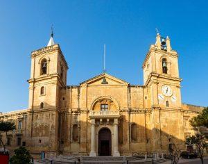 Cathedrale-St-Jean-Malte1000.jpg