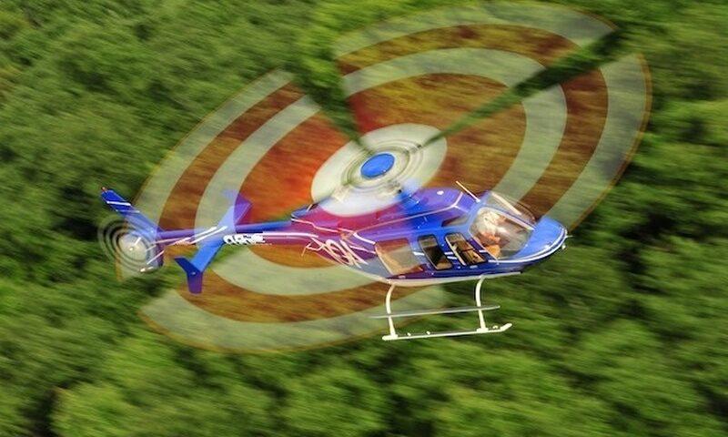 O buna idee de cadou, Survol cu elicopterul si invitati deasupra castelelor Bran si Peles -Bucuresti 3