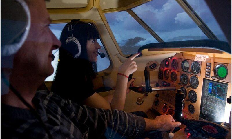 O buna idee de cadou, Experienta de zbor pe simulatorul unui avion in Chisinau 4