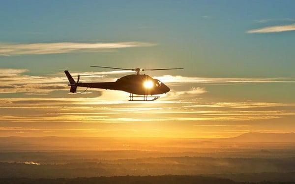 O buna idee de cadou, Chasing the sunset: Zbor cu elicopterul din Constanta 12