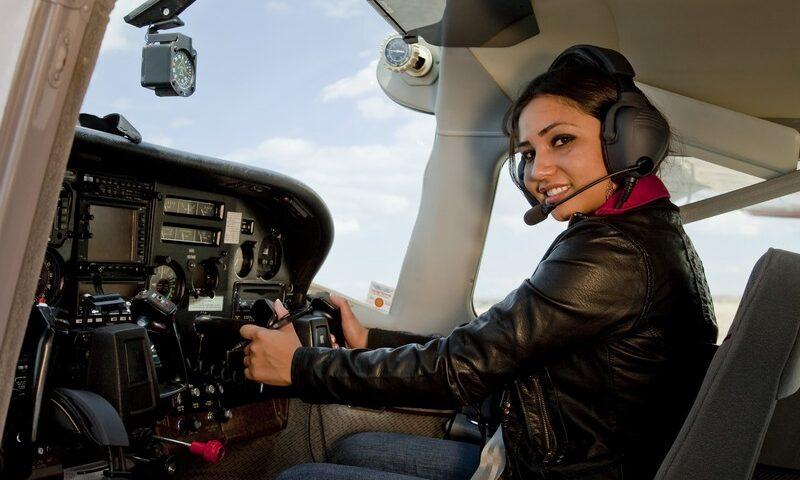 O buna idee de cadou, Lectie de zbor cu avionul in Turda 4