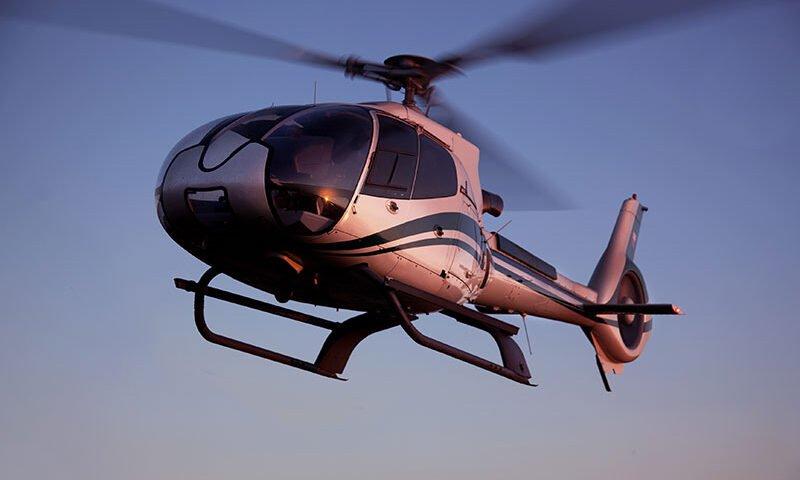O buna idee de cadou, Champagne flight - Zbor cu elicopterul pentru 2 in Oradea 4