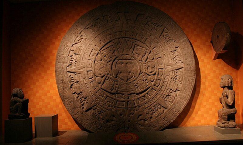 O buna idee de cadou, Initiere in pictura azteca in Bucuresti 4