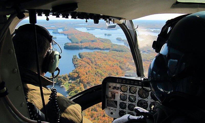O buna idee de cadou, Lectie de zbor cu elicopterul in Oradea 4