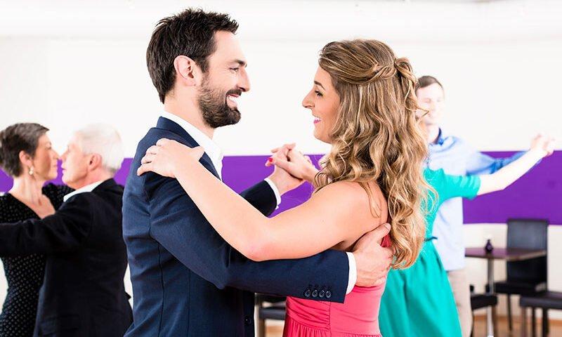 O buna idee de cadou, Lectie de vals pentru cupluri in Iasi 4