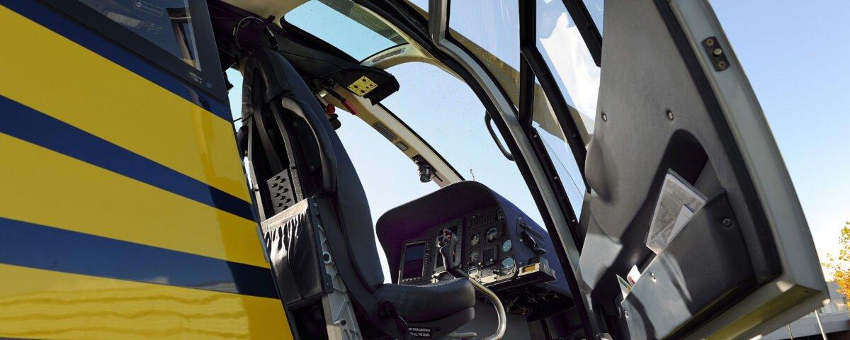 O buna idee de cadou, Lectie de zbor cu elicopterul in Constanta 4