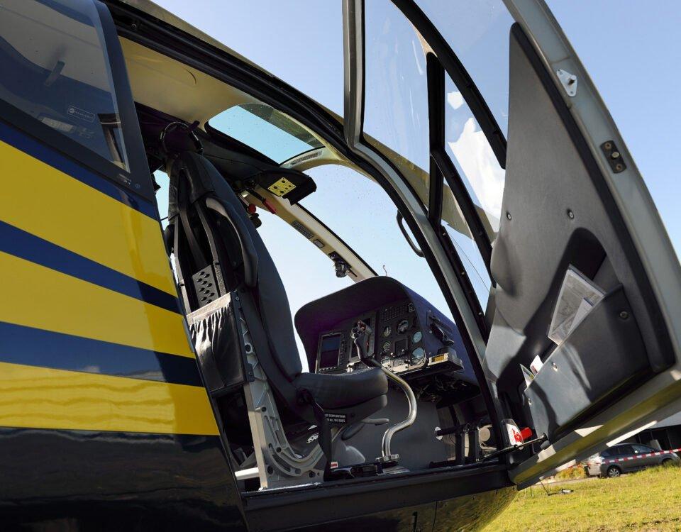 O buna idee de cadou, Survol de placere cu elicopterul in Constanta 8