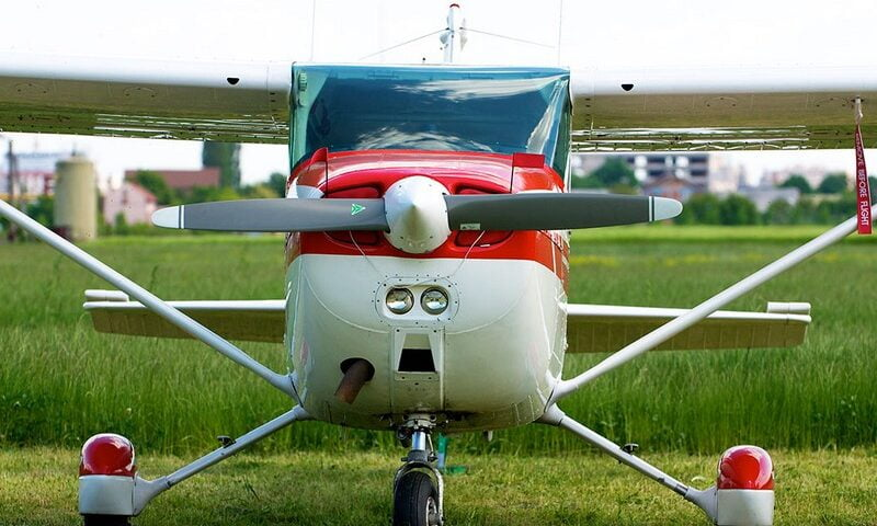 O buna idee de cadou, Lectie de zbor cu avionul in Timisoara 4