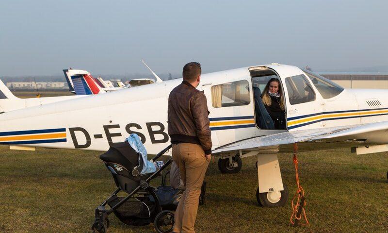 O buna idee de cadou, Lectie de zbor cu avionul in Miercurea Ciuc 3