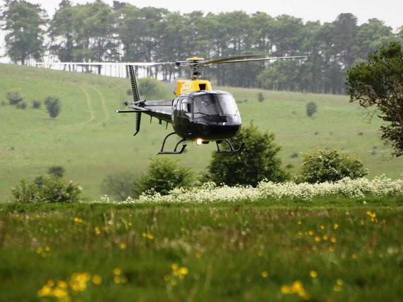 O buna idee de cadou, Survol de placere cu elicopterul si invitati in Bucuresti 42