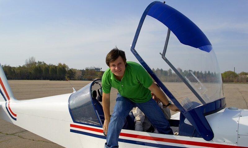 O buna idee de cadou, Survol de placere cu avionul in Bucuresti 3