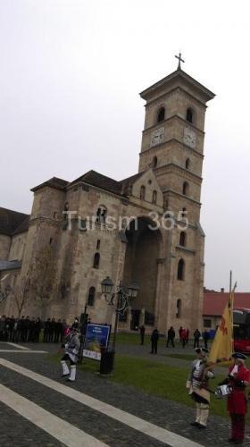 fotografii cetatea alba iulia carolina