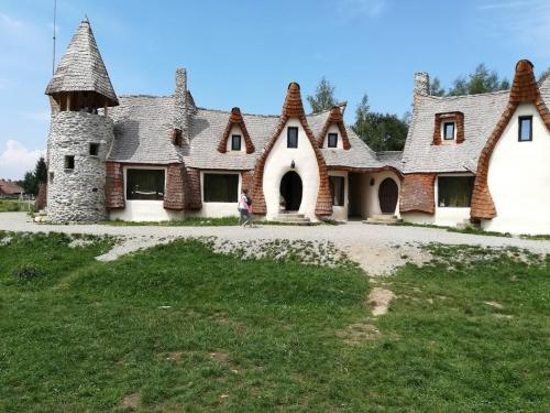castelul de lut porumbacu