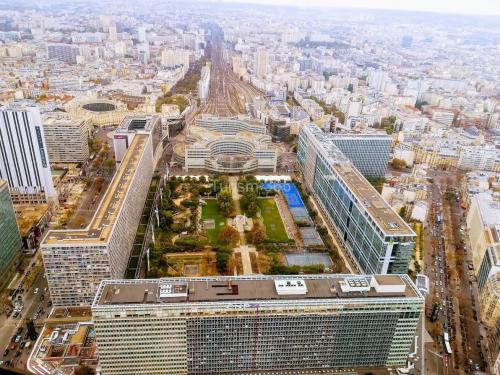 imagine superba Turnul Montparnasse din Paris